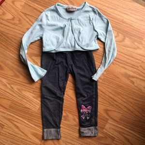 Other - ⭐️3 for $15 Rare Editions sweater leggings outfit